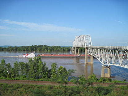 chesterbridgemississippiriver.jpg